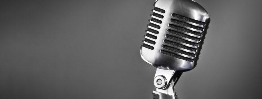 Image to illustrate radio to blog post