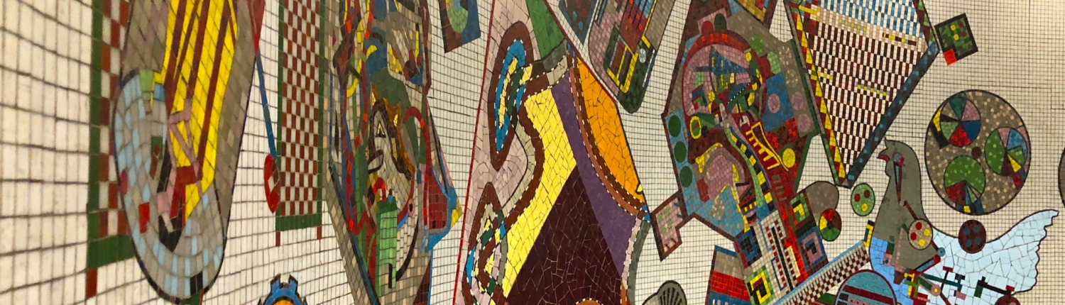 Picture of mosaic wall in the Waterloo Station, Paris Metro
